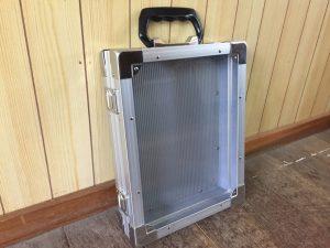 透明ポリカーボネイト使用ケース